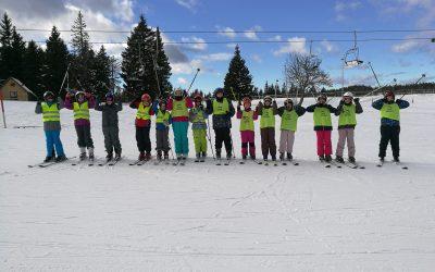 Šestošolci že na polno uživajo zimo